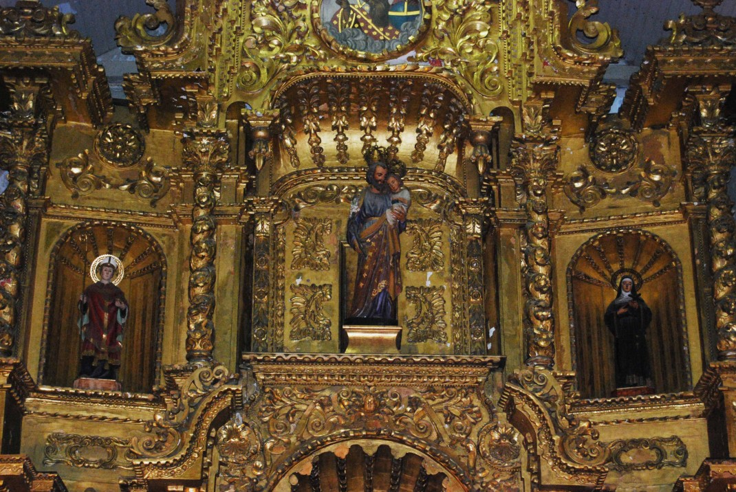 The altar of San José church in Panama City