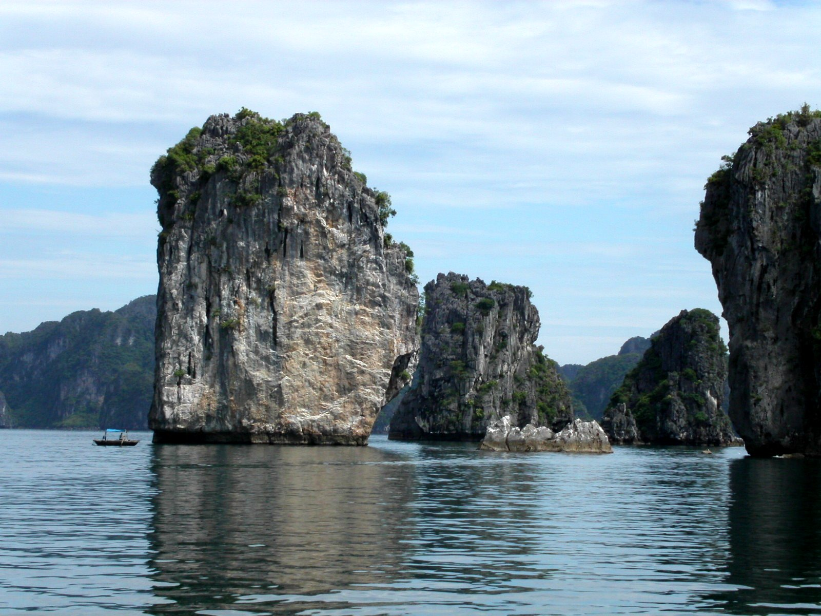 I would never want to miss the beauty of Halong Bay. After leaving Hanoi, the area will be our first stop.