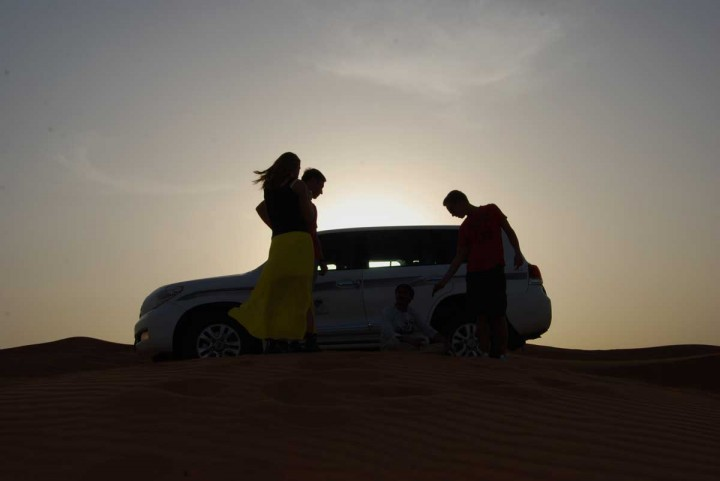 Dune-Bashing-in-dubai-Car-in-the-sun