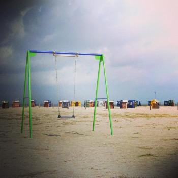 Schaukel am Strand