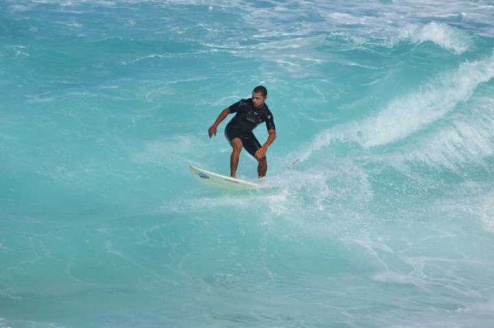 Sprachlos-in-Hawaii-Surfer