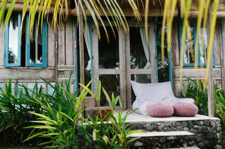 Airbnb Bali Architect-designed-natural-villa-bali2 Die schönsten airbnb unterkünfte auf Bali