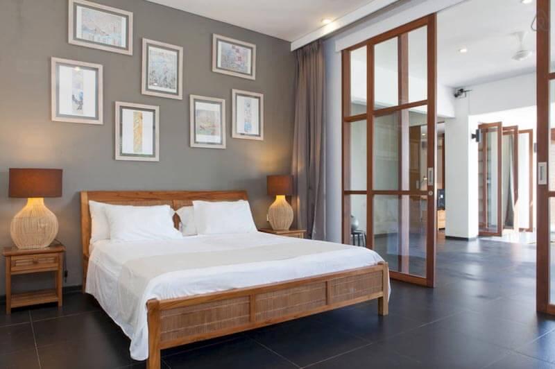 Airbnb Bali Luxurious-Villa-with-Pool-in-Seminyak-Bali1