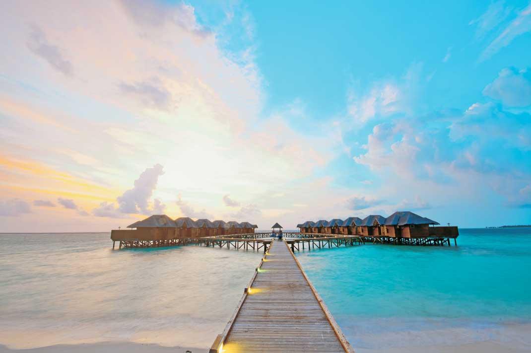 Lustige Reisebeschwerden Malediven Fihalhohi_Island_Resort_1