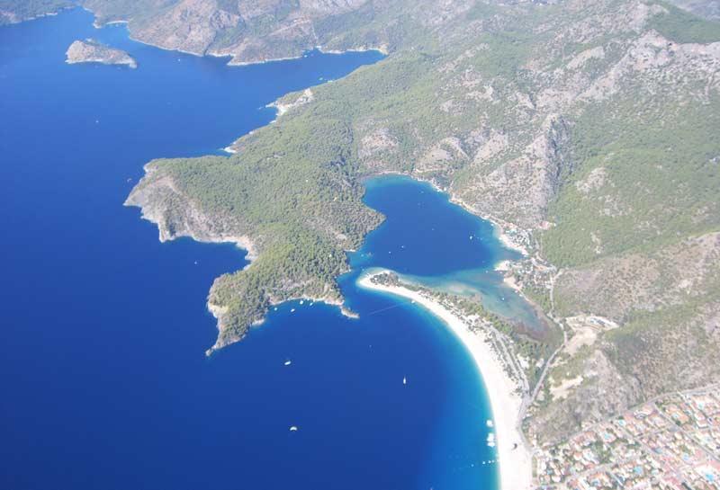 Paragliding-am-Babadag-Türkei-Blick-auf-die-Ägäis