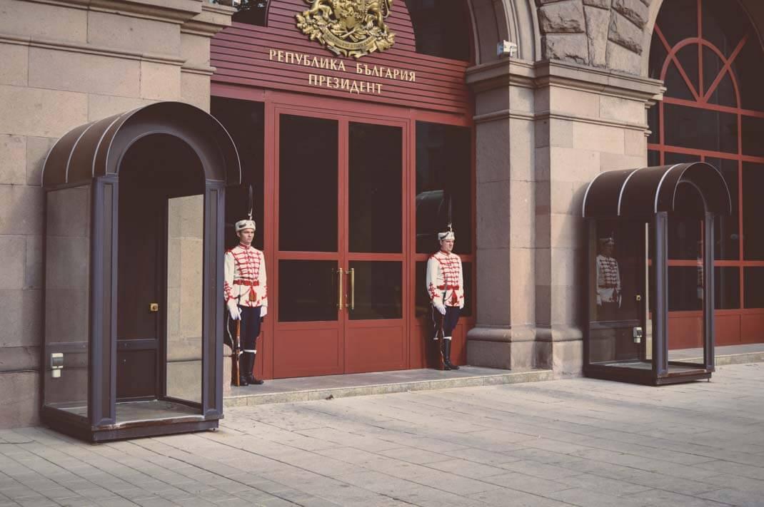 Palastwachen in Sofia Bulgarien Kurztrip nach Sofia