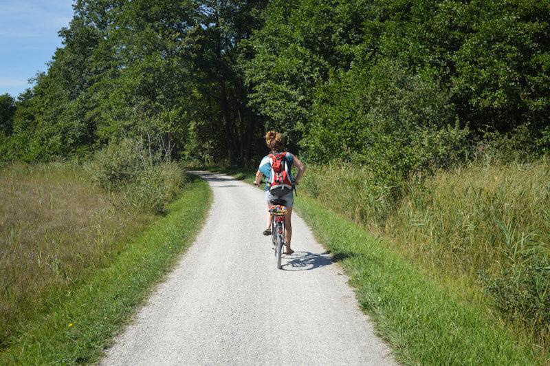 Take an Advanture Elisa Lorenz beim Radfahren