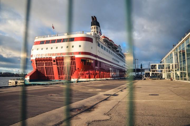 MS Isabelle Tallink Silja Schiffstagebücher im Hafen von Riga