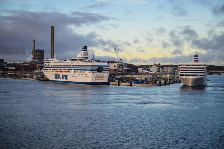 MS Silja Symphony Tallink Silja Schiffstagebücher im Hafen von Stockholm