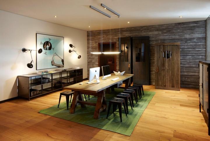 25 hours hotel Hamburg Hafencity Radio Room mit Arbeitsplätzen und imacs Stephan Lemke for 25hours Hotels