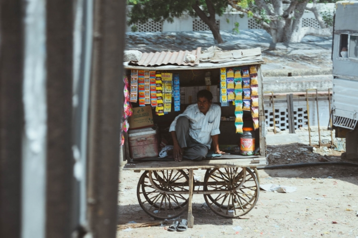 Indien in Bildern Gemischtwarenhändler in Jaipur