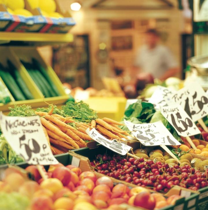 Aktivurlaub auf Jersey Foto Visit Jersey Central Market, St Helier (2)