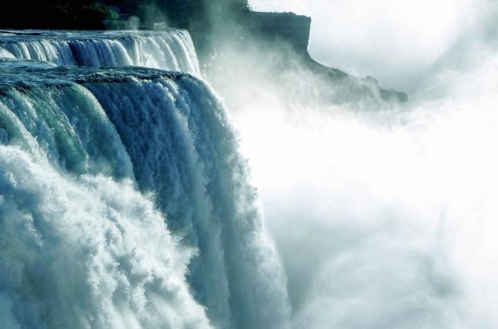 USA-Kanada-Roadtrip Niagara Fälle Foto Urformat via Pixabay
