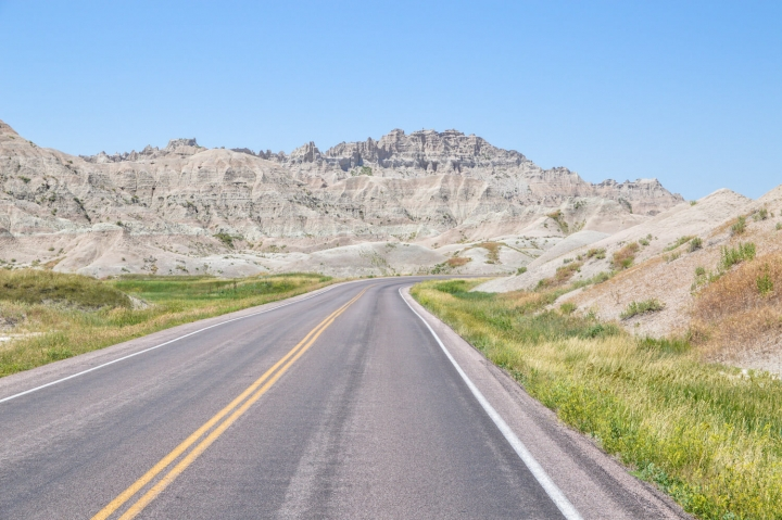 Roadtrip durch Kanada und die USA-Die Route-Straße im Badlands National Park