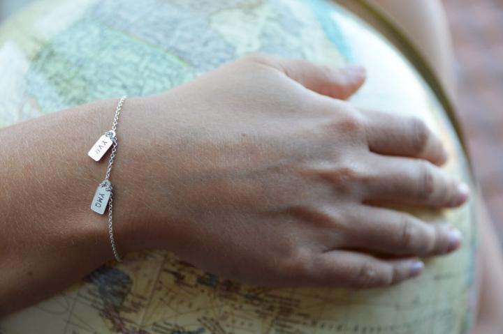 Geschenke für Reisefreunde dreilettercode-armband-bettelarmband