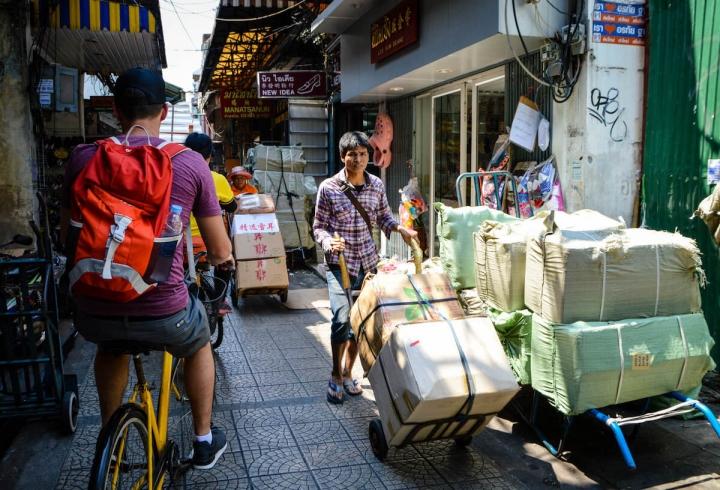 Fahrradtour mit Co van Kessel durch Bangkoks Chinatown