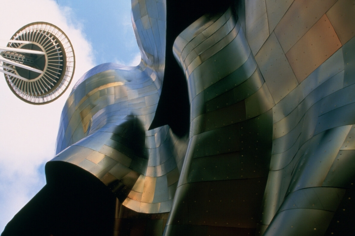 Seattle Guide Mopop museum und Space Needle Foto Tim Thompson