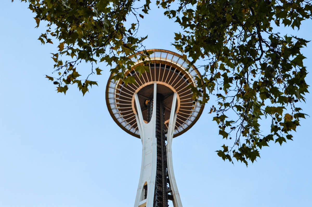 Seattle-Guide Space Needle im Herbst