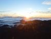 Inselhopping-Guide Hawaii Welche Insel ist die richtige für dich Maui Sonnenaufgang über den Wolken