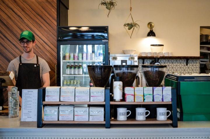Portland Oregon Tipps Dapper and Wise Coffee Theke