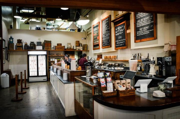 Portland Oregon Tipps Salt and Straw Icecream store