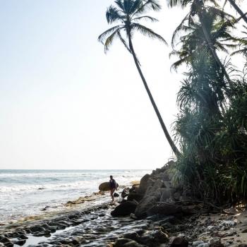 Surf eat slepp repeat Sri Lanka Sonnenuntergang am Strand von Matara
