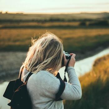 Die beste Kameraausrüstung zum Reisen und Wandern Foto joseph-pearson via Unsplash