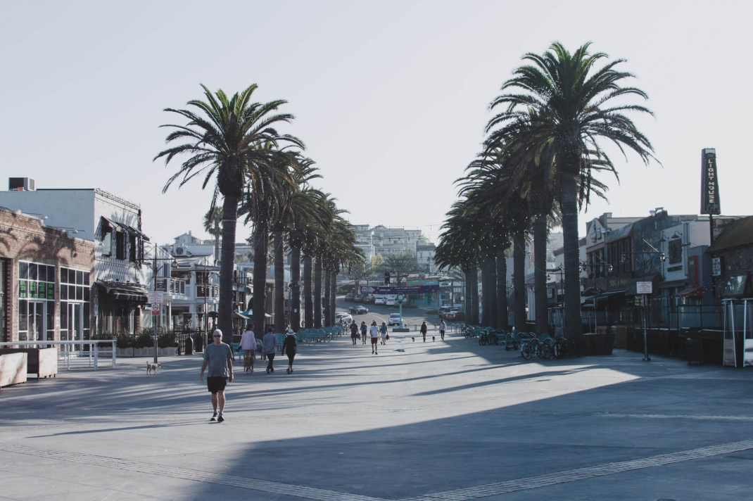 Hermosa Beach Ortszentrum Strandpromenade Shopping am Pier Plaza