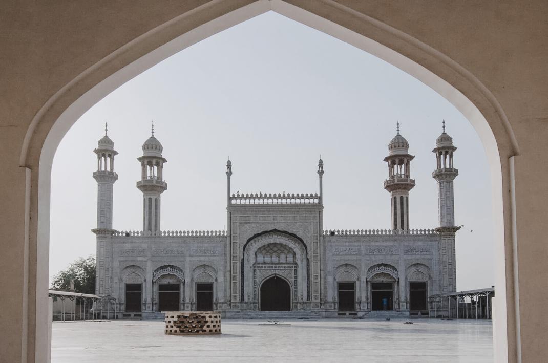 Die Al-Sadiq-Moschee in Bahawalpur Pakistan